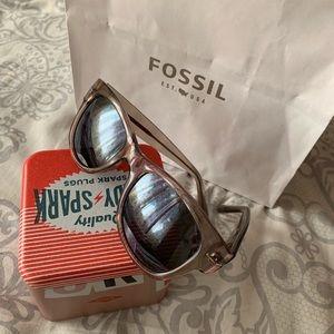Fossil Sun Glasses ❤️